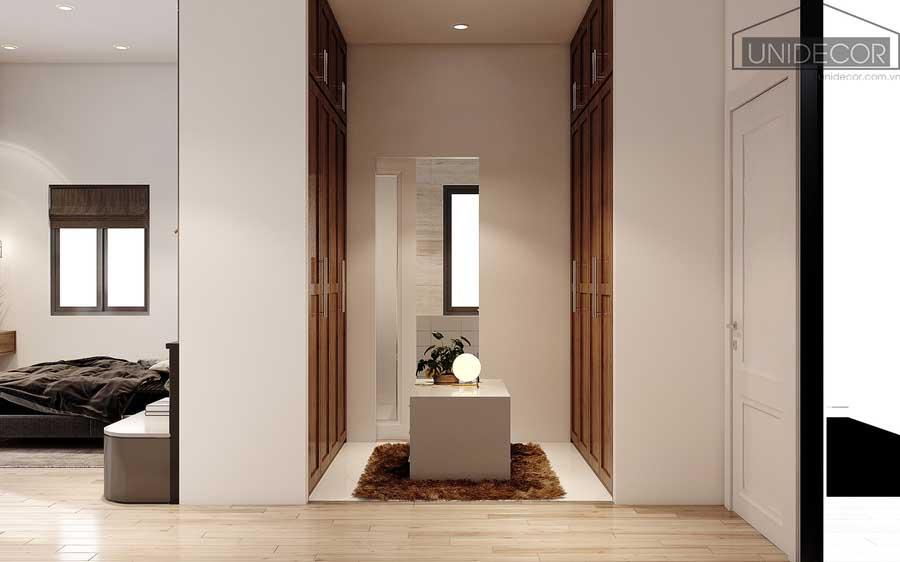 Tủ đồ và toilet được thiết kế tối ưu diện tích trong căn nhà phố