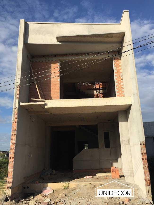 Thi công xây dựng hoàn thiện phần thô ngôi nhà